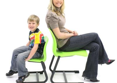 Mobilier pregatitoare - Scaun ergo disponibil la diferite marimi - 5 dimensiuni
